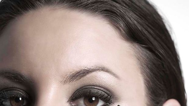 Watch Do This to Disguise Dark Circles video