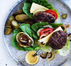 A soft, yielding burger bun offers contrast to the meaty patty, but what about trying it within a crispy lettuce leaf ...