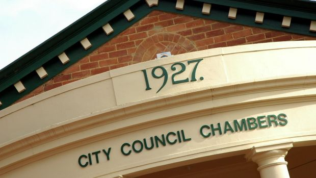 Queanbeyan City Councillors will meet on Wednesday to discuss options to resolve the rates crisis.