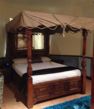 The Coolgardie Tent room is popular.