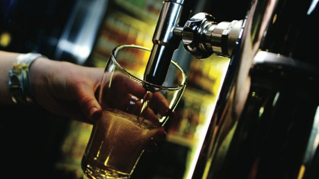 A new campaign is encouraging Canberrans to banish the booze in support of their pregnant partners.