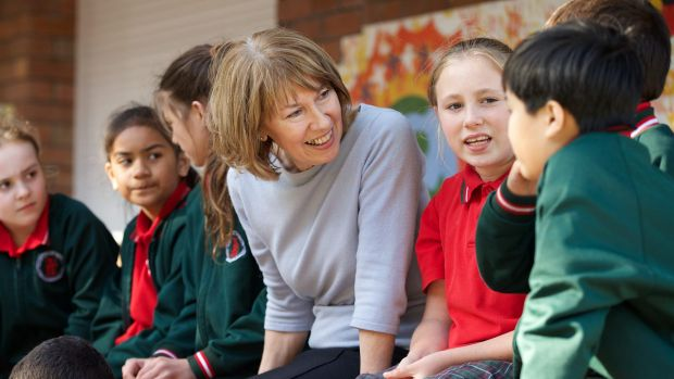 Gonski reforms must be implemented: Maxine McKew chatting with students at Our Lady of Mount Carmel School.