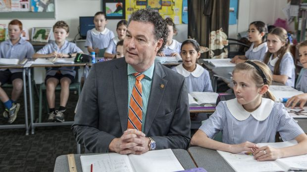 Minister for Education John-Paul Langbroek at Fig Tree Pocket State School spruiking the governments second-language message.