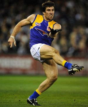 "The phrase ""kicked like a mule"" applied to Lynch more than perhaps any other AFL player."