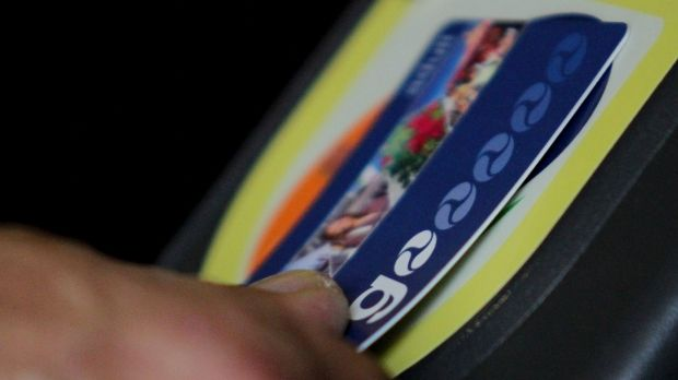 A 12-year-old was left off a Gold Coast bus when her Go Card would not scan.