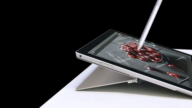 The included pen gives the Surface superior inking capabilities.