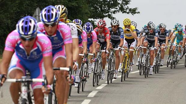 Riders of the Lampre team lead the pursuit of the peloton on the breakaway group.