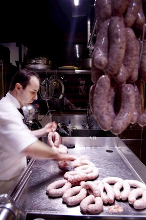 Making sausages at Victor Churchill.