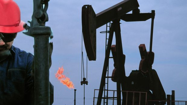 Lower oil prices meant Oil Search's December quarter revenue slipped 10 per cent to $US342.9 million ($490 million).