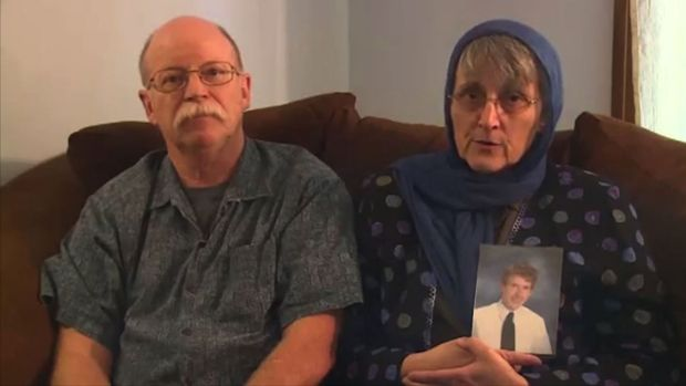 Worried parents: Ed and Paula Kassig have released parts of a letter from their son, who is a hostage of militants.