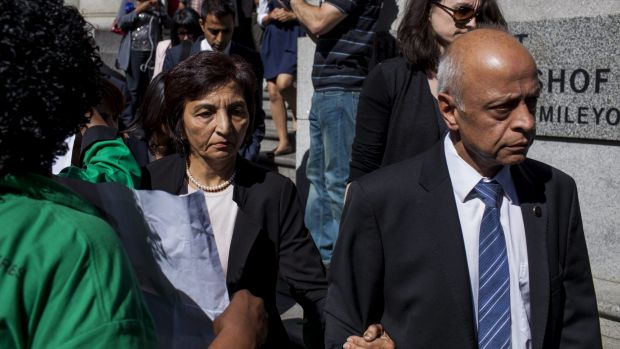 Shrien Dewani's mother Snila and father Prakash leave the Western Cape High Court.