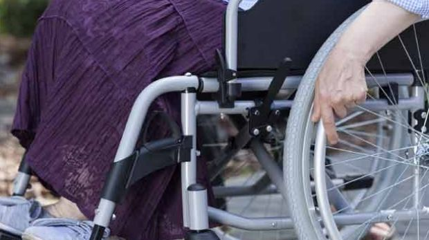 Claimants are being told there are not enough doctors on Centrelink's books to perform all the Disability Medical ...