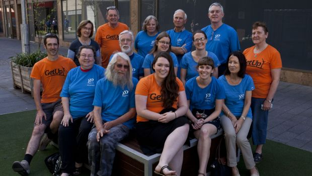 Grassroots campaigners: Environment Victoria and GetUp! volunteers are helping keep environmental issues on the election ...