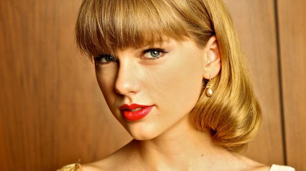 Taylor Swift: the 24-year-old's journey from country to pop ends now.