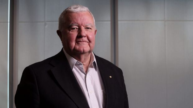 "Chief Scientist Ian Chubb has called for a  ""thorough investigation"" of the country's approach to patenting and ..."