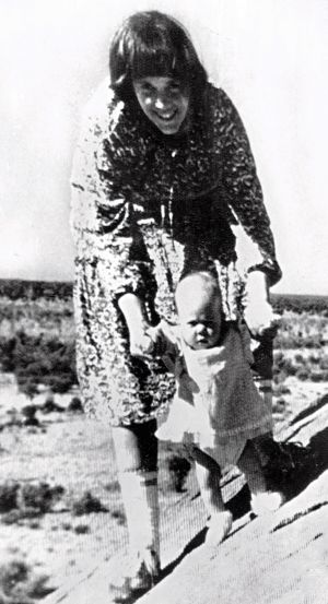 Lindy Chamberlain and her daughter Azaria.