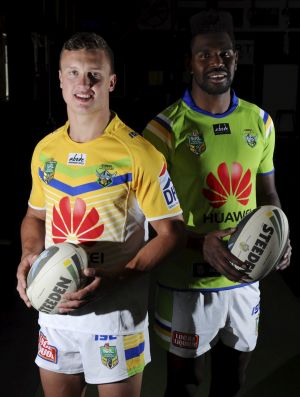 Jack Wighton and Edrick Lee model the Raiders' 2015 away and home jerseys respectively.