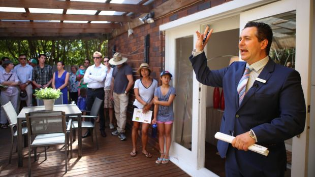 Property prices in Sydney and Melbourne will still shoe grow healthy growth in 2015, but prices in other cities might ...