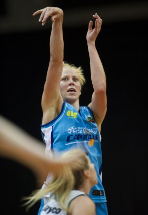 Canberra Capitals captain Abby Bishop top scored but it still wasn't enough to beat the Flames.