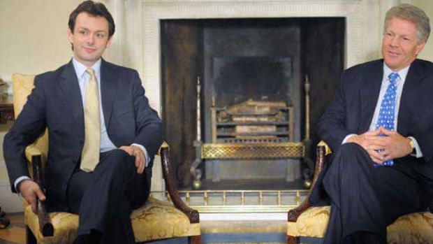 Michael Sheen as Tony Blair and Dennis Quaid as Bill Clinton in The Special Relationship.