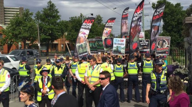 Protesters outside Flemington after Admire Rakti died in his stall.