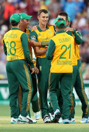 South Africa celebrate after claiming the wicket of Aaron Finch.