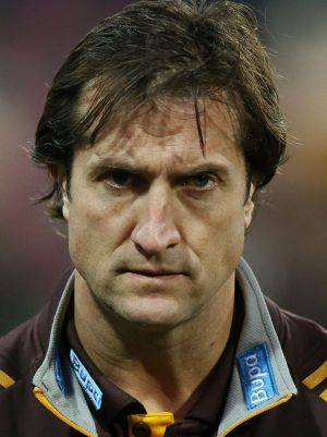 Former Hawks assistant coach Luke Beveridge eyes the Dogs.