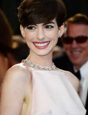 Anne Hathaway: Stronger after cyber bullying.