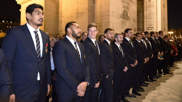 The Wallabies attend a ceremony at the Tomb of the Unknown Soldier at the Arc de Triomphe.