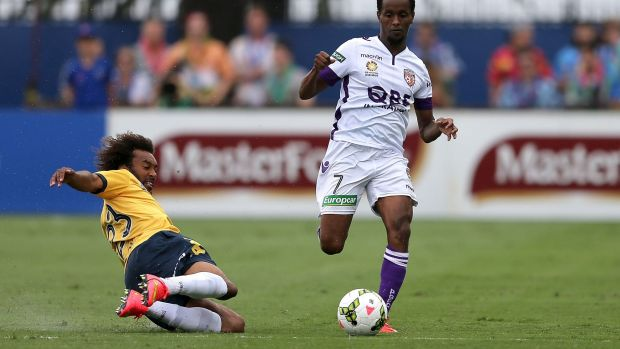 New threads: Hersi playing for Perth Glory