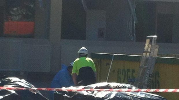 The CFMEU ACT alerted Worksafe to alleged breaches of asbestos removal procedures on a Northbourne Avenue worksite in 2012.