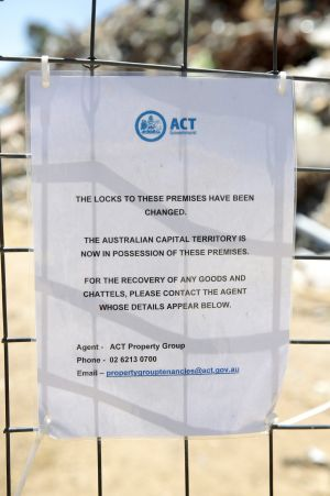 The notice on the entrance to the site.