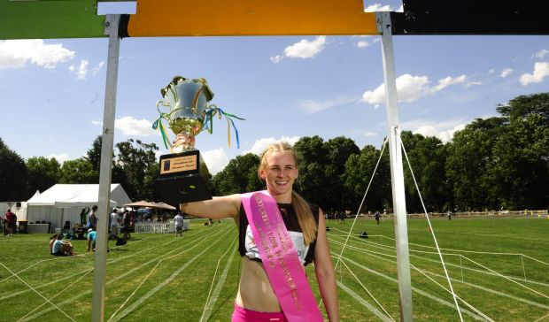 Brittany Brymer winner of the 2014 Queanbeyan Women's Gift Final.