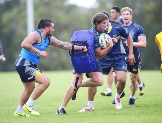 From left, Fotu Auelua and Dave McKern during Brumbies training at HQ, Bruce.