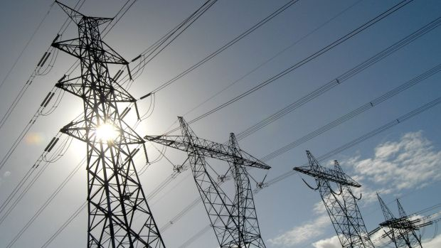 The average electricity bill debt in Canberra in the last financial year was  $825, up from $800.