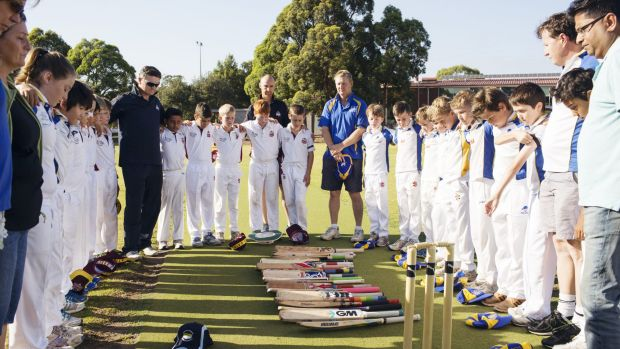 Tribute: Concord Briars Gold and Ryde Hunters Hill Swashbucklers players had a minute of silence for Phillip Hughes ...