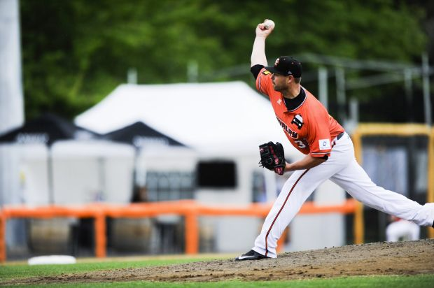 Canberra Cavalry pitcher, Tristan Crawford.