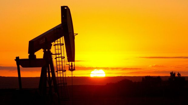 Sunset on fossil fuels? Bank of England among those asking.