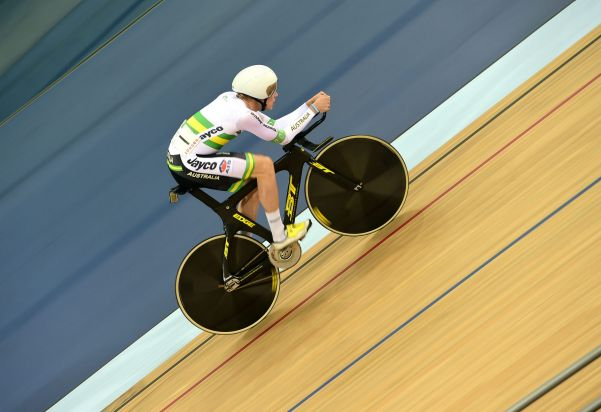 Australian cyclist Scott Law won Australia's only medal on the closing day of the Track Cycling World Cup in London.