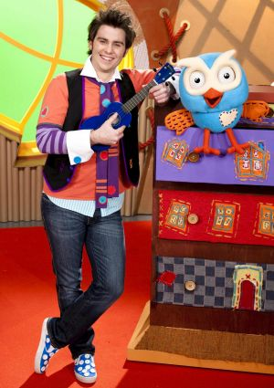 Giggle and Hoot bring their stage show to Canberra in late January.