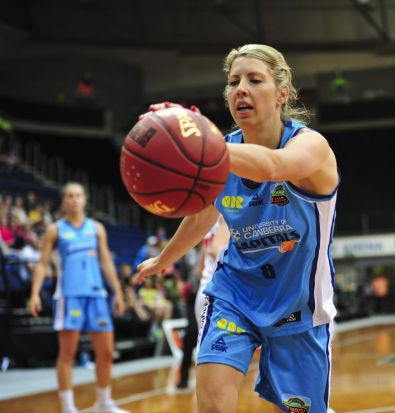 Canberra Capitals player Carly Wilson in action.