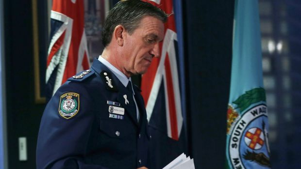 Police Commissioner Andrew Scipione said police specifically asked the DPP to apply for a review of Monis's bail.