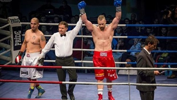 Perth heavyweight boxer Mark de Mori is eyeing off a big-time fight in Las Vegas in January.