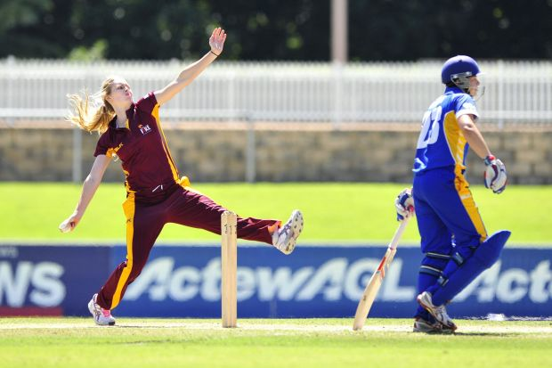 Queensland Fire bowler Holly Ferling.