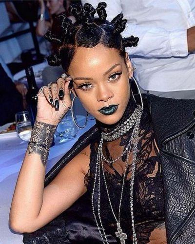 Rihanna has also had a giant beauty year, but this green-lipped look at the iHeartRadio awards was a standout.