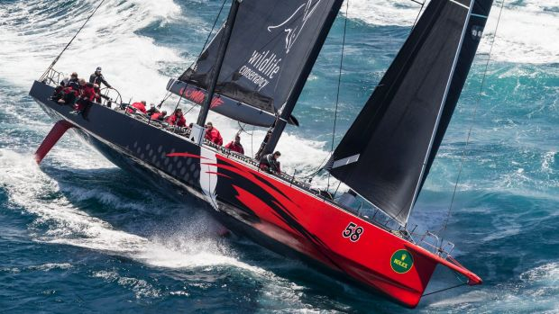 Comanche had reduced Wild Oates' lead to about 16 nautical miles on Sunday morning.