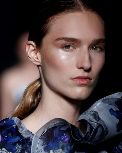 Pearly cheekbones: Adding to the no-makeup makeup trend is a pearly cheek. Use a touch of pearlescent powder for instant ...