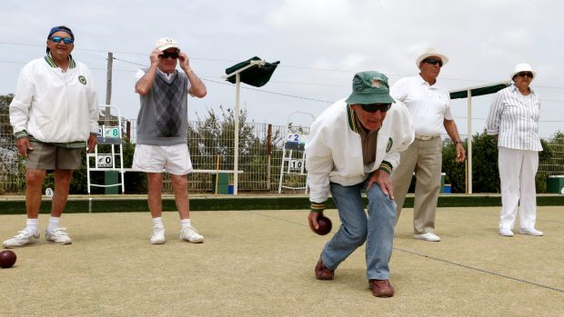 Alessandro Ierini bowls at the Clovelly Bowling Club.