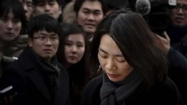 Heather Cho has denied conspiring over her first class outburst.