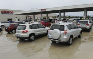 The line up at Costco for petrol with both Costco and Woolworths at Majura Park selling fuel for $1.06.7 per litre.
